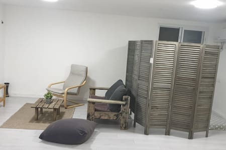 Studio apartment minutes from a beautiful beach