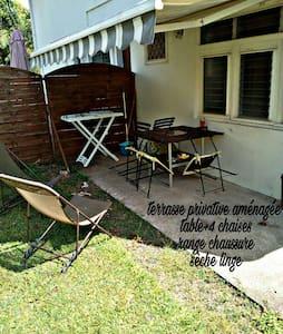 Studio à Didier avec terrasse et jardin
