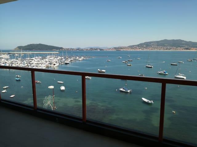 Enchanting Bayona: Modern with magnificent views
