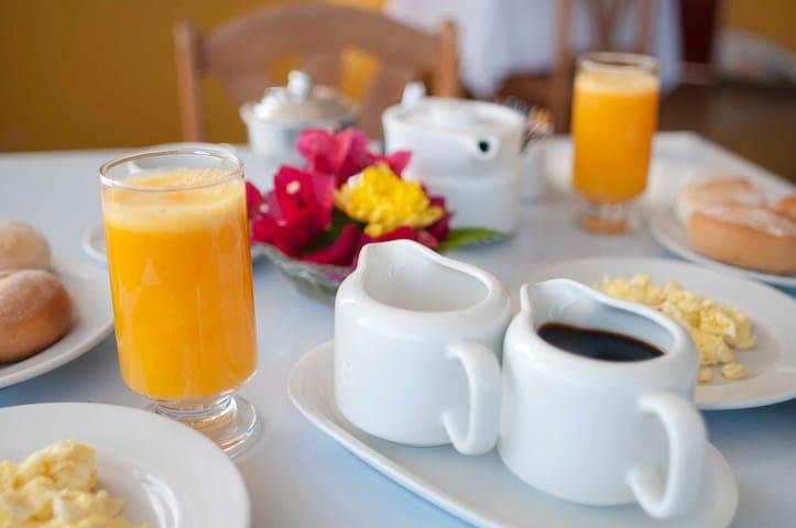 desayuno (adicional)