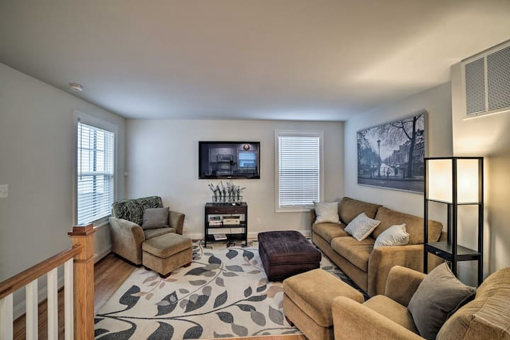NEW! Apartment Near Downtown Mall + UVA Campus!