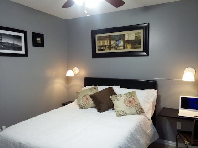 2 bedrooms for couples or families - Weslaco - Casa