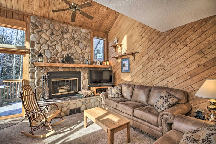 NEW! Lutsen Mtn Townhome - 2 Mi to Lake Superior!