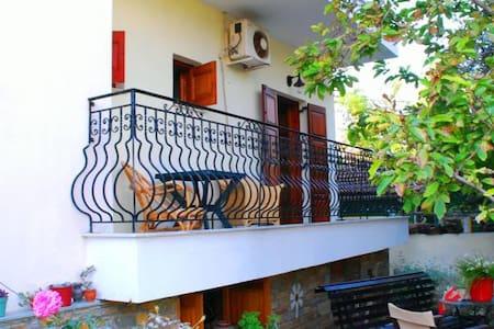 Kala Nera Efi house Apartment - Kala Nera - Apartamento