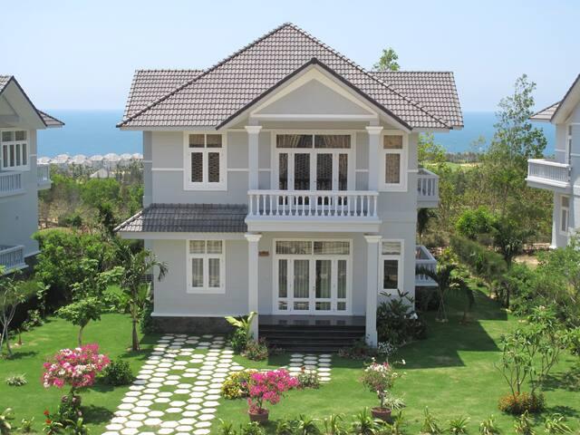 Luxury Private Villa in Mui Ne PE33 - Huis