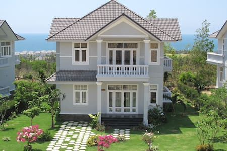 Luxury Private Villa in Mui Ne PE33 - Phan Thiet