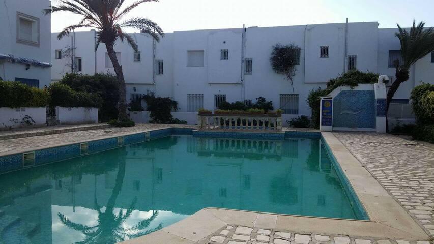 Grande maison avec piscine - Hammamet, Nabeul, TN - Hus
