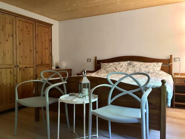 private room_Double bed king size_Calm Villa&Wellness_Borgata Dueibis_Verzegnis(UD)_Friaul Julish Venetien_Italy