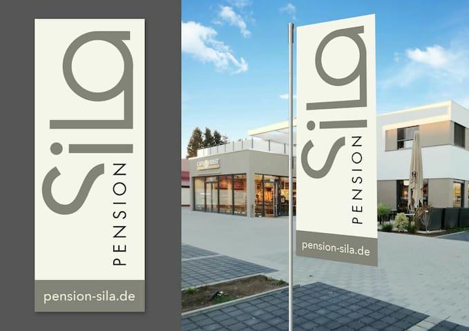 Familiengeführte Pension SiLa - Groß-Umstadt - Dům