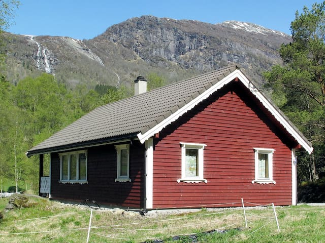 Comfortable holiday home in Viksdalen