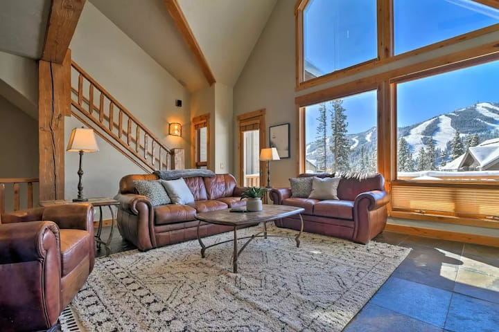 Winter Park Townhome w/ Stunning Slope Views!