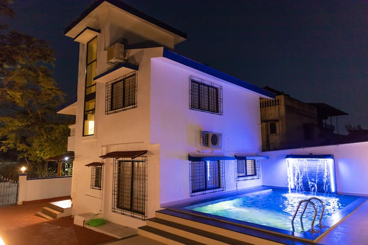 Anand Dham Villa, 3BHK with Private Pool (NEW)