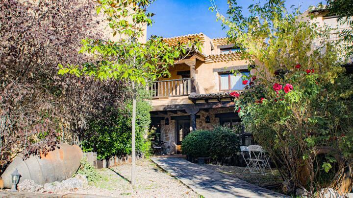 Casa Rural La Lavanda - CASA RURAL LA LAVANDA