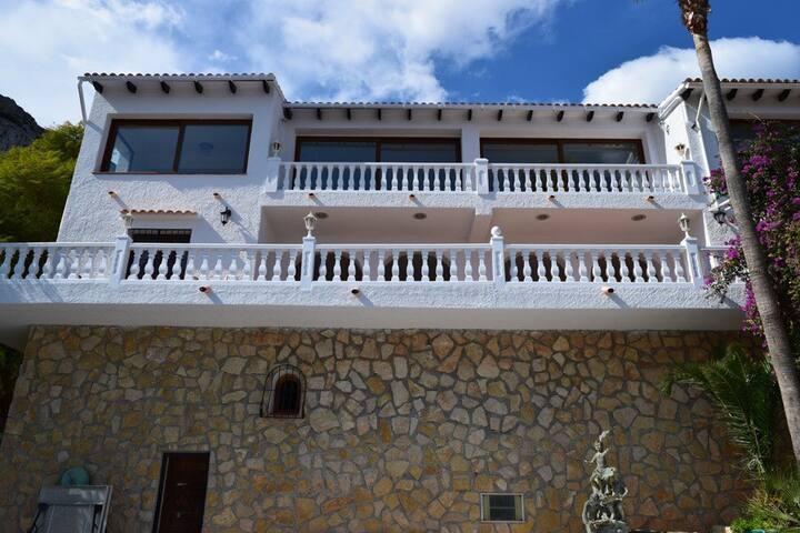 Wonderful villa, best sea view! - Calp - Villa