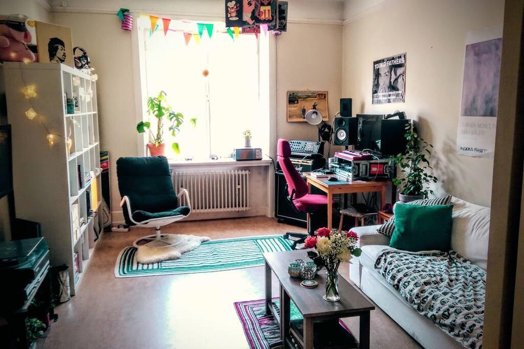 Livingroom pt 1