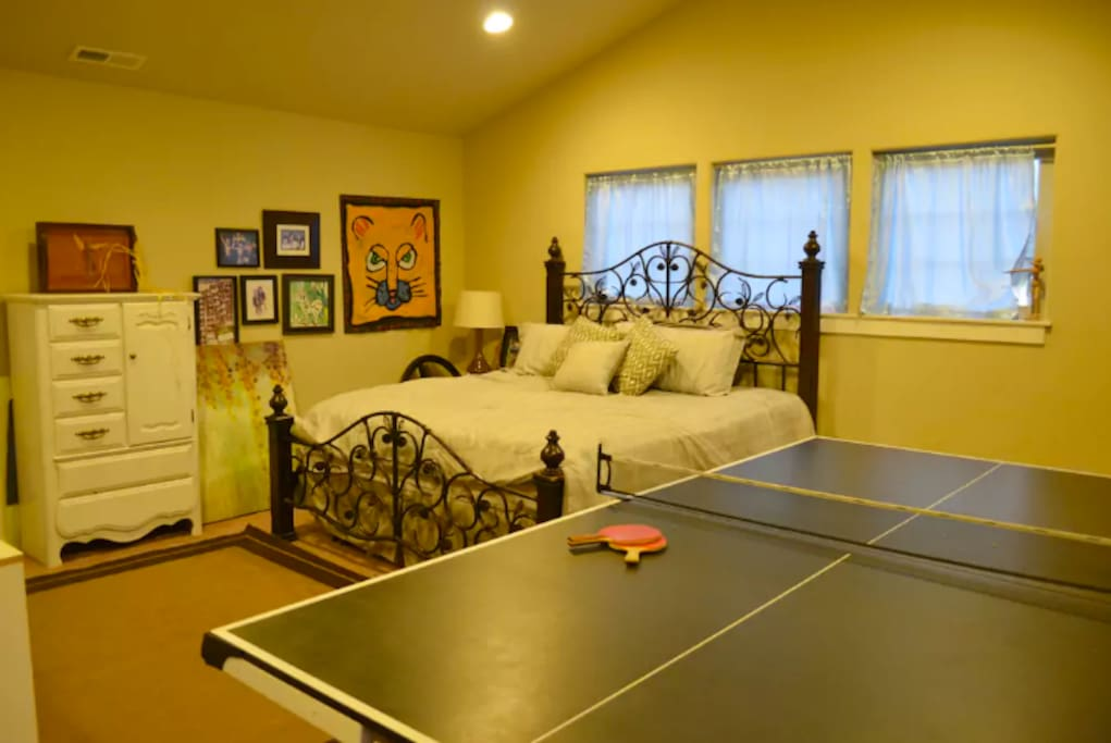 The ping pong table can be set up if your group wishes to play, or taken down to provide more space. This is a very large guest room. (approximately 20x20)