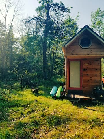 Tiny House Montour Falls Watkins Glen HikingTrail