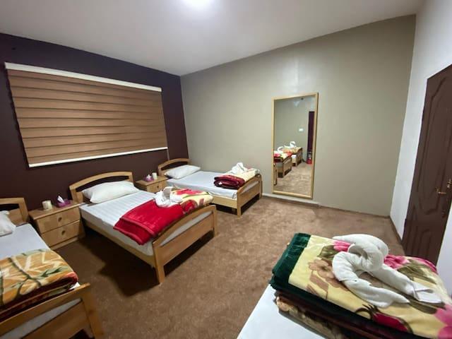 Wanderlust : Quadruple Room A