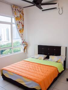Arena Residence 3BR & 2 Baths wifi - Bayan Lepas