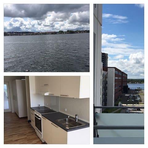 Modern apartment near Aalborg city center - Nørresundby - Lägenhet