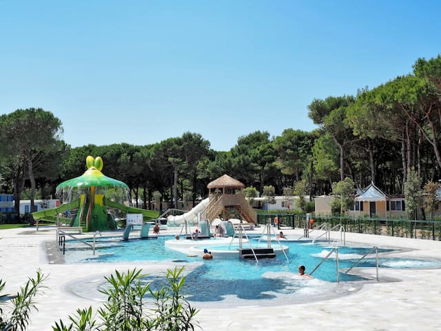 Mobile home Camping Village Cavallino for 4 persons
