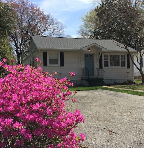 3BR/2BA Annapolis Cottage