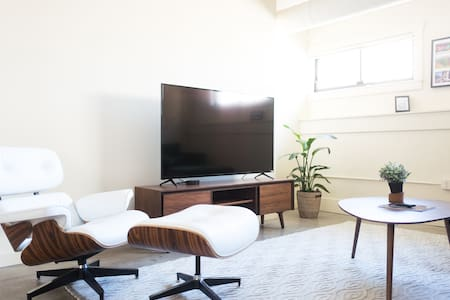 Penthouse 2 bedroom 2 Bath in Center of Downtown - 聖路易斯 - 公寓