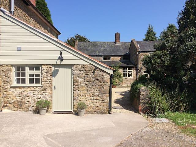 Lavender Cottage, Mosterton, Beaminster, Dorset.