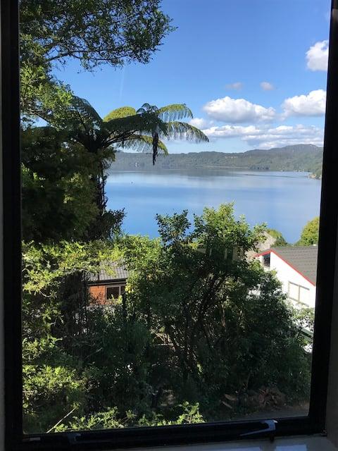 塔拉威拉湖的頂層公寓單間公寓