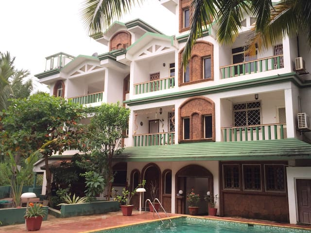 Apt at Eden Garden with Pool near Majorda Beach