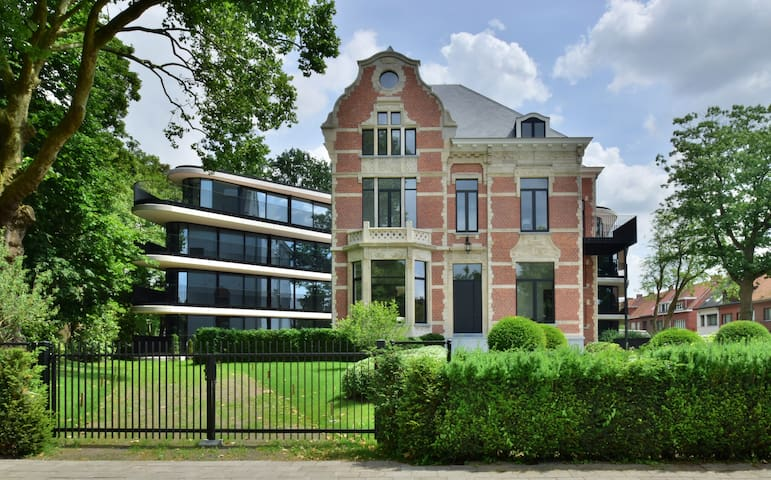 Amazing apartment A02 in renovated castle