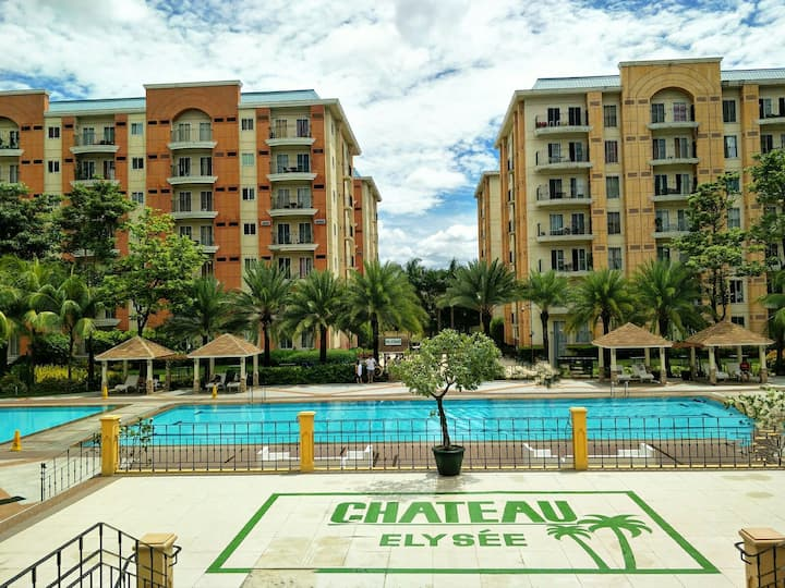 Fully-furnished 1br in Chateau Elysee near Airport