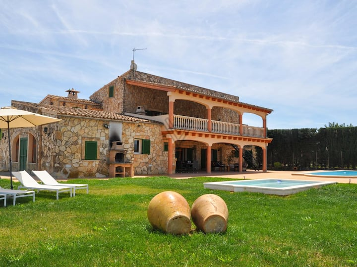 Can Grau, Country house for 24-32 persons in Sencelles on Majorca