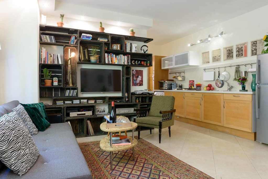 An expansive space for your time in Tel Aviv!