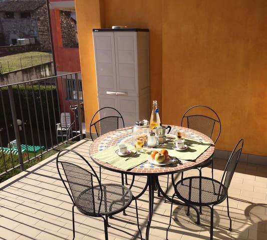 Isabella apartment in Baveno near the centre