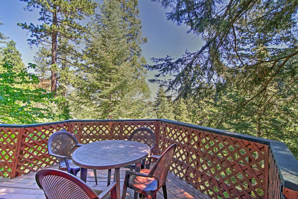 Up to 6 travelers will enjoy scenic forest views from the outdoor deck.