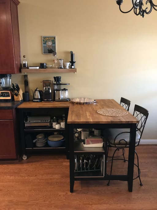 Butcher block bar table with 2 stools