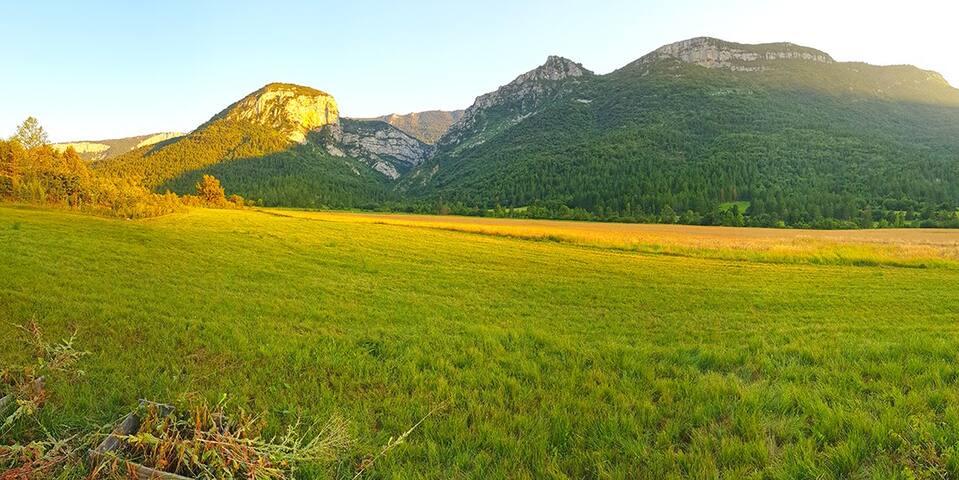Nature, calme et cigales à 10min de Sisteron