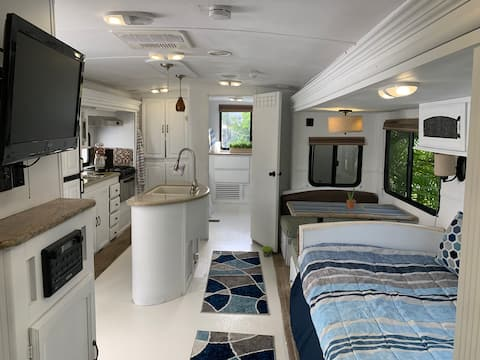 Amazing Modern RV/camper Adventure in the keys!!!