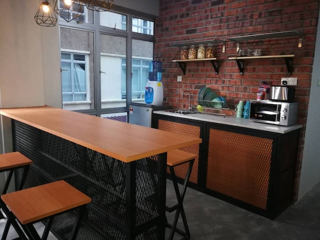 Transit Hostel's Private Room nearby Airport