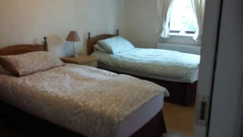 Twin Room with private bathroom in Killarney