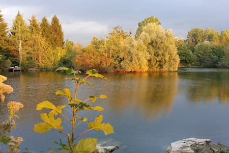 Bungalow au bord d'un étang à Auvers sur Oise