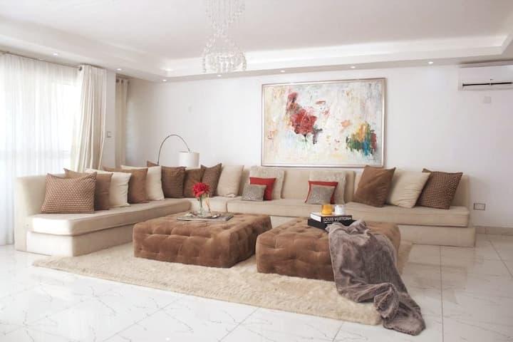 ★(Special Offer)Spacious 4 Bedroom Apartment Lekki