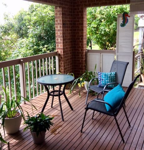 Haven2 - your private studio + deck, close to all!