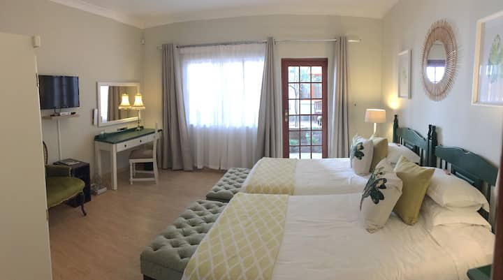 Luxury Twin Suite in Guesthouse