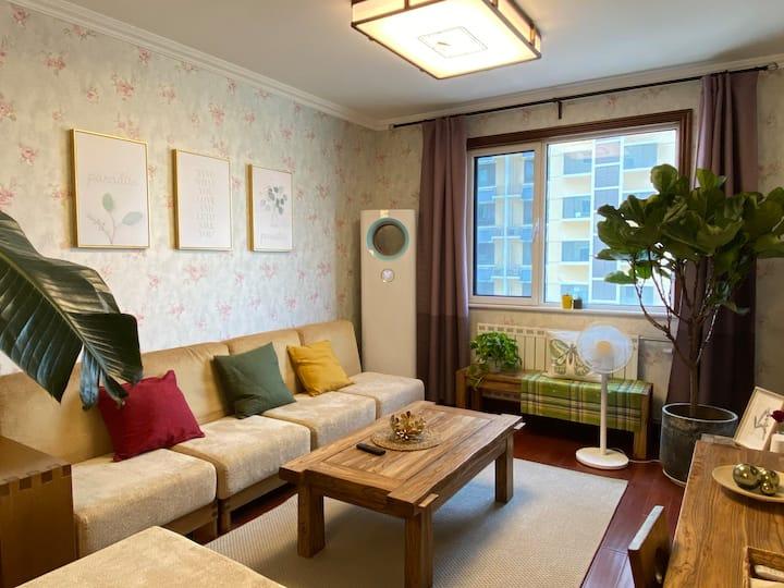 山野日式居酒屋 远观万象 俯察品类 双卧室1.8大床 宜家全套床垫床上用品 进口厨卫洁具 安静民宅