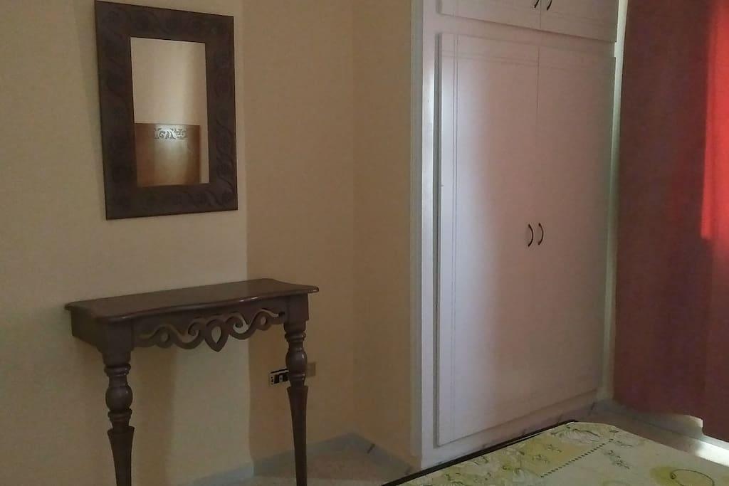 Chambre 1 /Bedroom 1