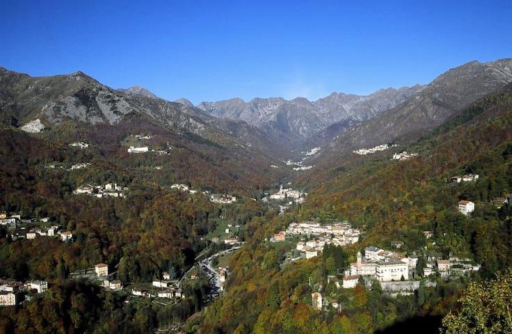 A due passi dalla città e a due passi dai monti