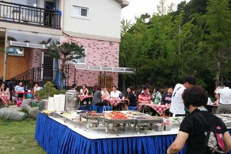 우록 e-하우스 - Gachang-myeon, Dalseong-gun - บ้าน