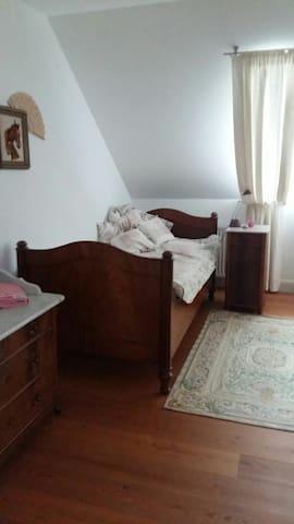 Ruhiges Einzelzimmer im Westerwald
